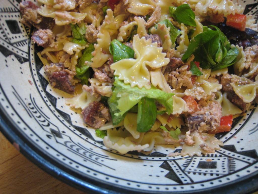 la salade de p 226 tes au thon auroreinparis