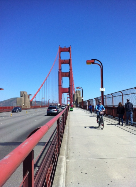 Sur le Golden Gate Bridge ( attention au vent !)