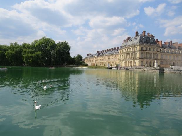 Château de Fontainebleau : l'étang aux carpes
